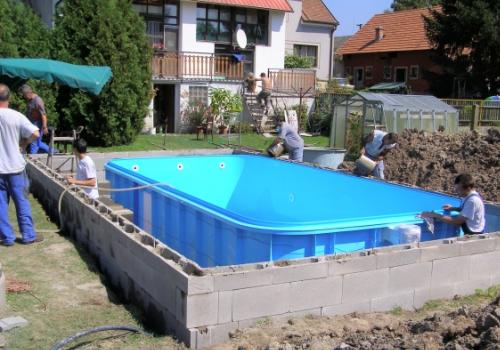 Stavební postup a instalace bazénu