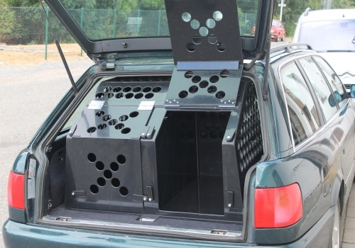 Přepravní klece a boxy pro psy